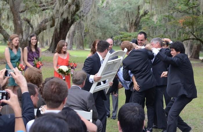 На свадьбе пьяную по очереди фото 13-557