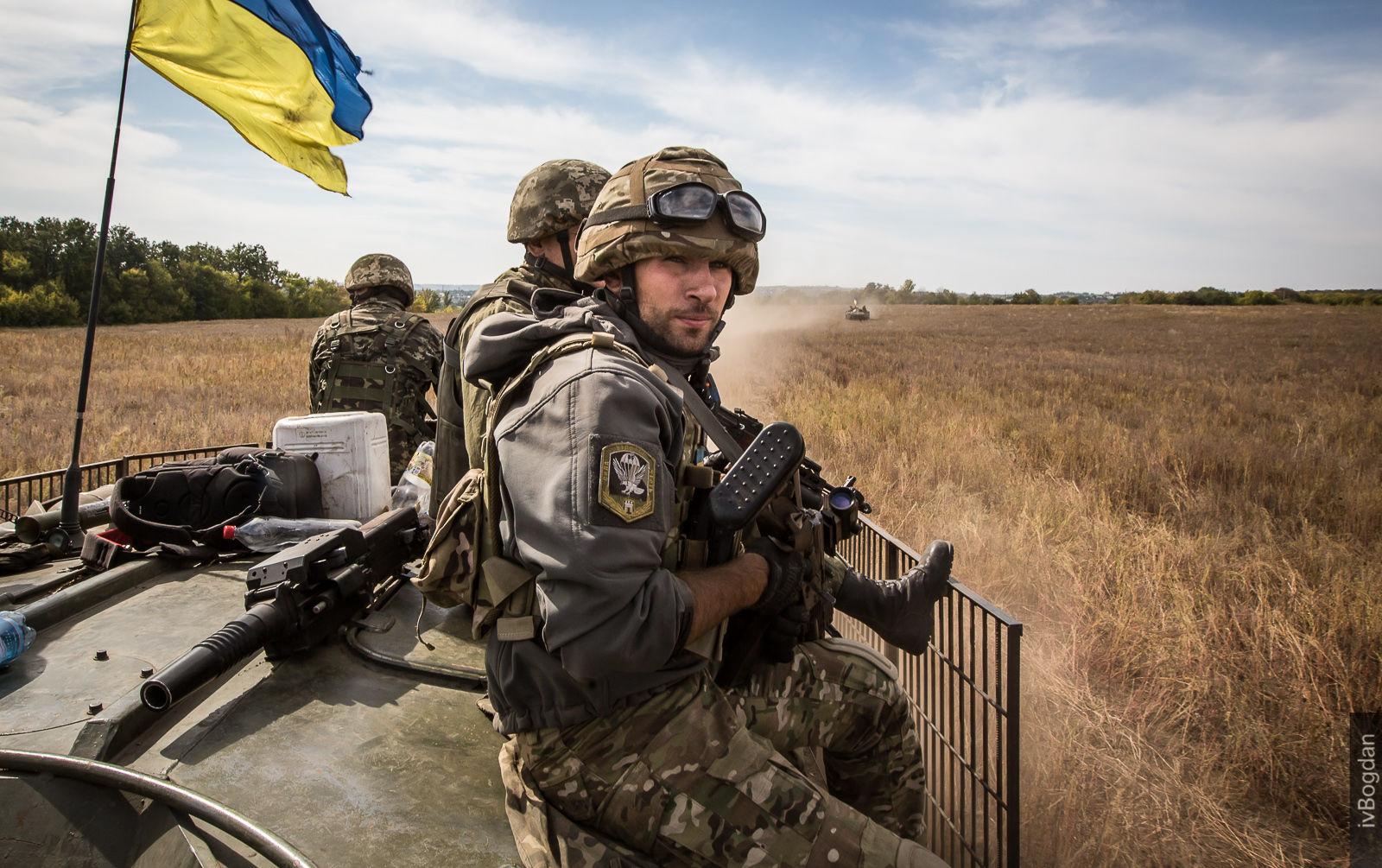 В Івано-Франківську грошима заохочують служити в Збройних силах