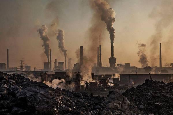 Рівень вуглекислого газу в атмосфері досяг рекордної позначки. У квітні  концентрація CO2 в атмосфері перевищувала в середньому 410 частин на  мільйон (ppm) ... f7c632d5e8c93